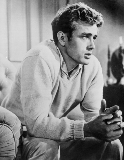 argyleforlife:  James Dean is the man.