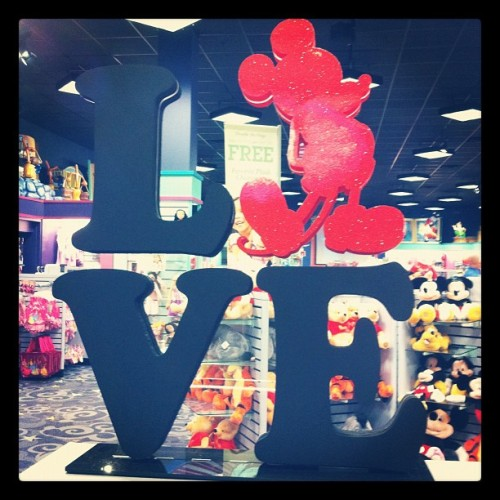 #Love #Mickey (Taken with instagram)