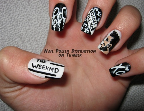 nailpolishdistraction:  This is everything I love: Black & White nails and The Weeknd <3