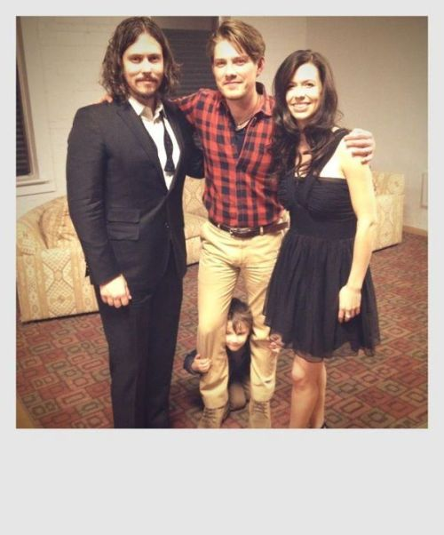 glassysurface:  Taylor Hanson with John Paul White and Joy Williams of The Civil Wars.  I want to start a rumor right now that Taylor Hanson will be on the Hunger Games soundtrack.