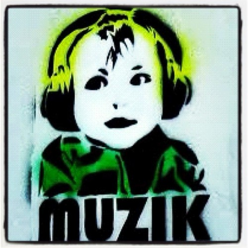 Muzik #stencil #graffity (Taken with instagram)