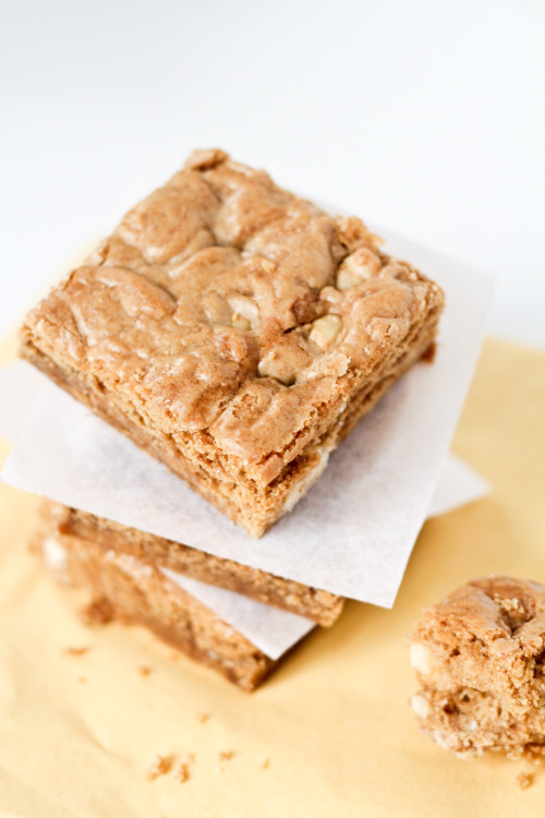 Hazelnut Blondies from Lola's Cookies (Paris).