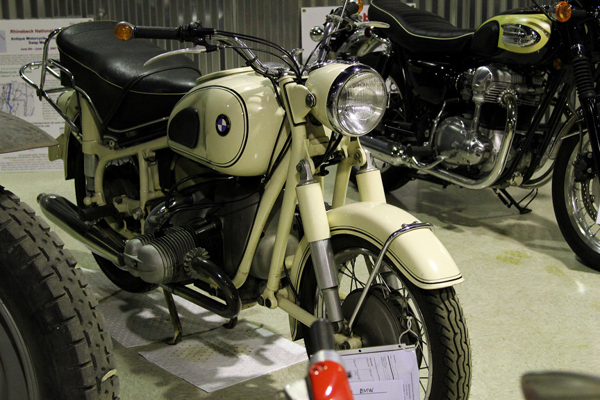 Magnificent moto tucked away Looks to be a 1969 BMW R69S, can someone confirm?