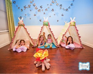 (via Real-camp-birthday-party-tents)