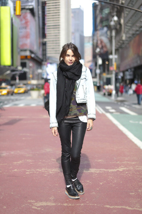 BAMBI NORTHWOOD BLYTH @FordModels exits the @BCBGMAXAZRIA casting on Saturday shoes — Prada trousers — Kiki de Montparnassescarf — Hermes