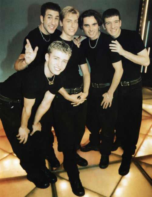 Always, always blog baby NSYNC…they are the most attractive when Justin's ego is still forming.