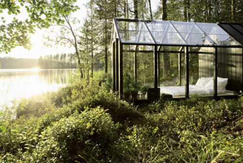 sugarnomilk:  The garden shed by Ville Hara and Linda Bergroth for Kekkilä Garden. Also a nice option for a one bedroom retreat.  gasp.