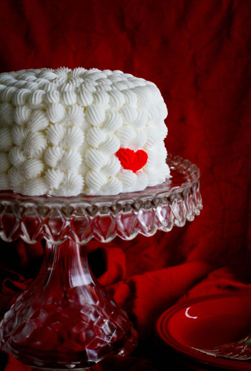 (via Mini Heart Cake | i am baker)