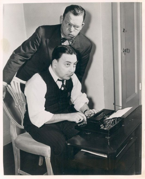 FRED ALLEN WITH COLUMNIST EARL WILSON