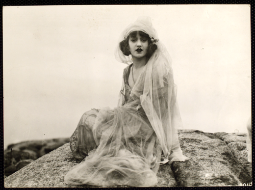 lauramcphee:  Leona Clayton in Bride 13, 1920