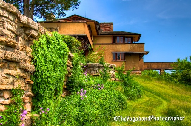 designsbyfranklloydwright:  #Taliesin Tuesday!  Frank Lloyd Wright's Taliesin East (1911), Spring Green, Wisconsin
