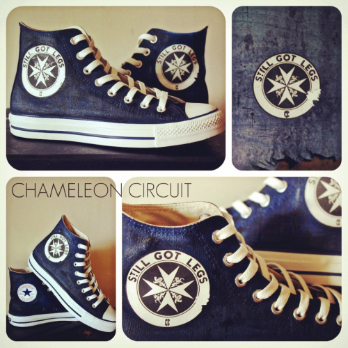 samsteruk:  Chameleon Circuit converse! Woah these are so awesome :D  HOLY SHIIIIIITTTTTTTTTTNEW PROJECT: TARDIS CONVERSE.