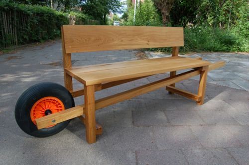 wallacegardens:  It's back again! The wheelbarrow bench. Great design, clever function. Made of sustainable preserved Accoya wood, from the Dutch label Weltevree, Rogier Martens.
