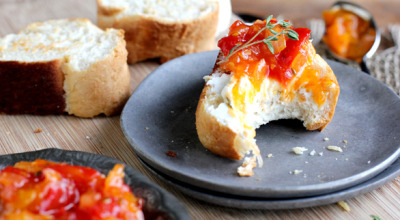Sweet Tomato Crostini Recipe