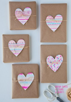 Why don't I use water colour more often? Valentine's craft idea from a Creative Mint.