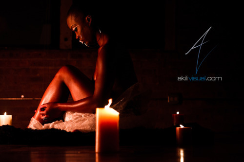 "#AkiliErotique - ""An Adept"" Featuring @furdgecakes in AkiliVisual Magazine Issue II #NaturalBeauty #Erotique Model: Amanda Photography By: @AkiliVisual"