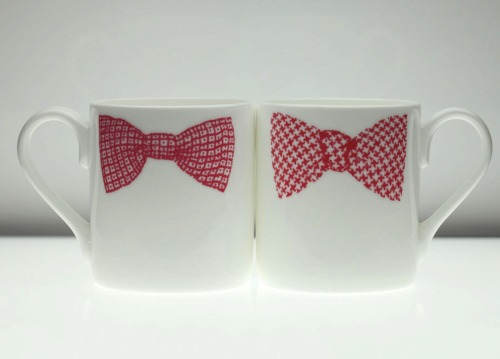 Bow tie mugs are cool. (via Fab)