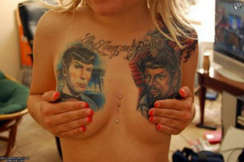 fuckyeahnerdpr0n:  A girl expresses her ultimate fandom with a dual Spock tattoo from Star Trek Original Series episode #39