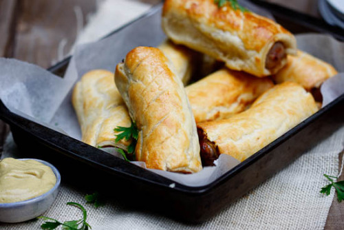 foodforjubilee:  Pork sausage rolls with truffle mustard and asking a favour | Simply Delicious (RECIPE)