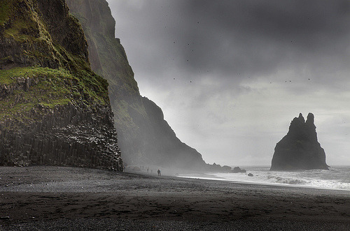 lovelyydarkanddeep:  Iceland | Reynisfjara | explored (by get t android)