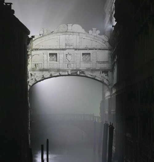 The Most Romantic Places to Kiss Around the World | The Bridge of Sighs, Venice, Italy