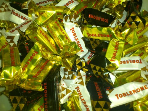 Back from my ski holiday to France I picked up a bag of mixed mini-Toblerone in the airport and decided to make them in to cookies to bring in to everyone in work!