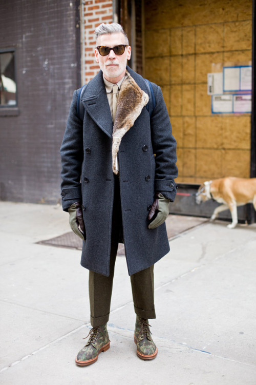 49thparallelblues:  iqfashion:  Nick.Fur.  And camo boots damn  fug