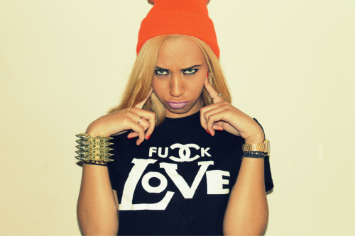 tarynthegreat:  Purchase the fuck love tee @ wealthylifestylers.com