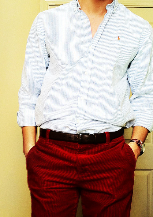 preppycollegeguy:  I like the pants, I wish they weren't corduroy.