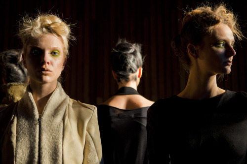 Katie Gallagher showed her F/W 2012 collection Silent Soil. Forest palette, with a bit more restraint than usual, which is not a bad thing. Look here for our video for last season.