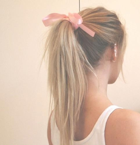 Hair & Makeup / . on We Heart It. http://weheartit.com/entry/22782812