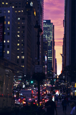technicolormyworld:  sometimes I want to live in a big city