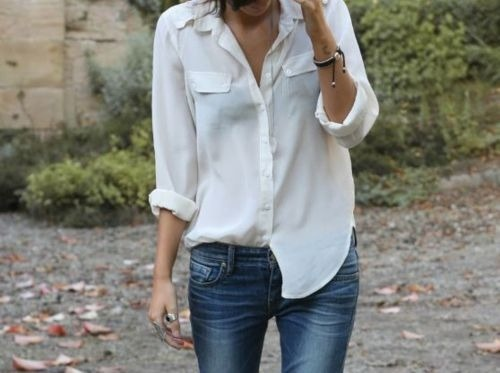 Jeans and a white shirt.  The perfect ensemble.