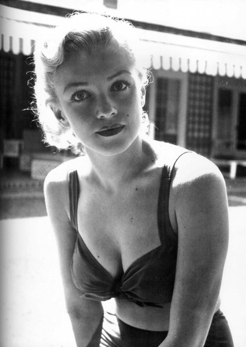theniftyfifties:  Marilyn Monroe, 1950.