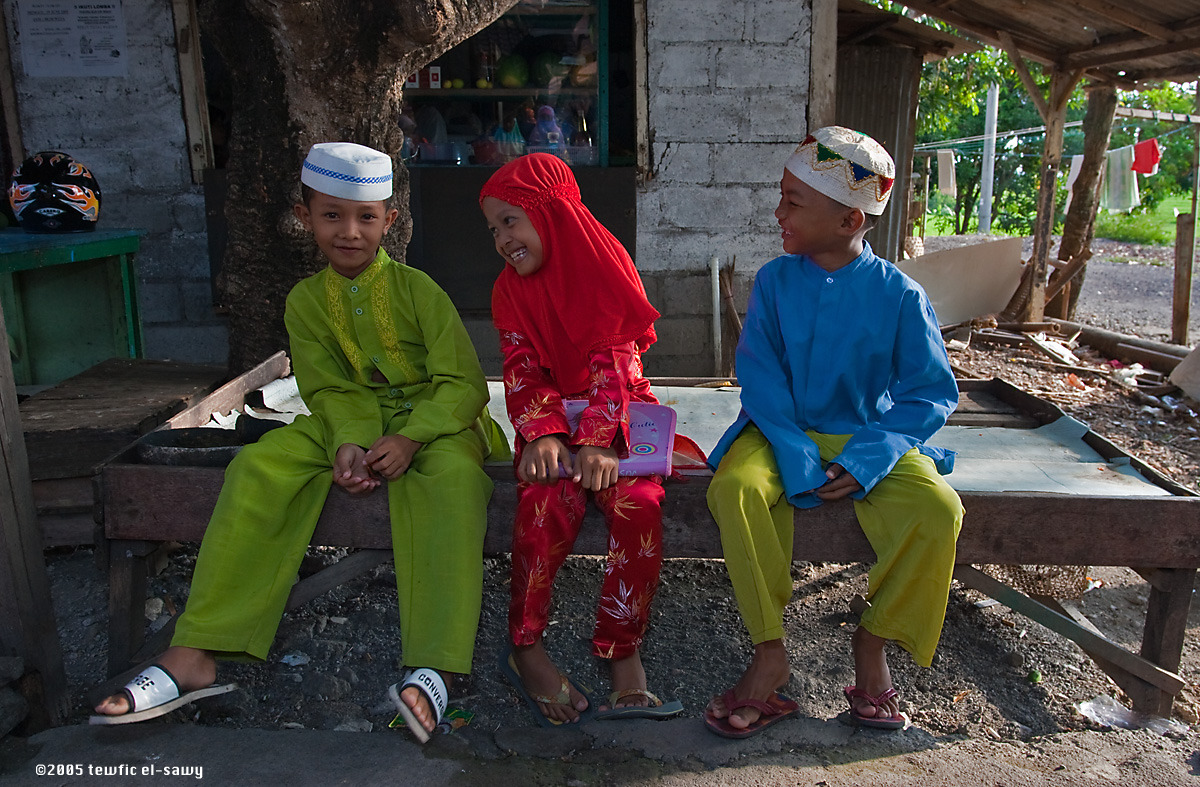 Muslim Children, Bali. Photo © Tewfic El-Sawy