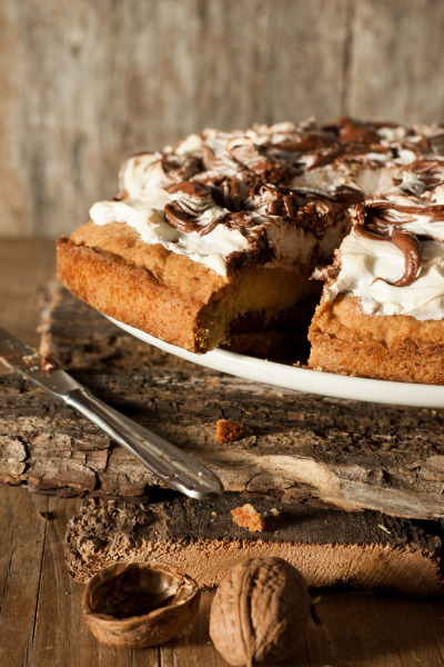 foodopia:  riciollina, nutella and meringue tart: recipe here