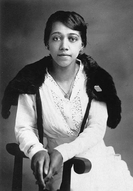 African American Woman on Flickr. African American woman seated wearing a white cotton blouse and skirt with a dark fur stole around her shoulders. c.1915 FIND US ON TWITTER | FACEBOOK | FLICKR  SUBCRIBE VIA  RSS | EMAIL