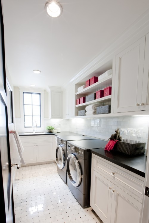If I had a laundry room like this I'd want to do my washing, like, everyday ;)