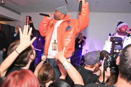 Ahhh, Wu Tang Clan at Milk Studios last night!  http://bit.ly/xfWIVH