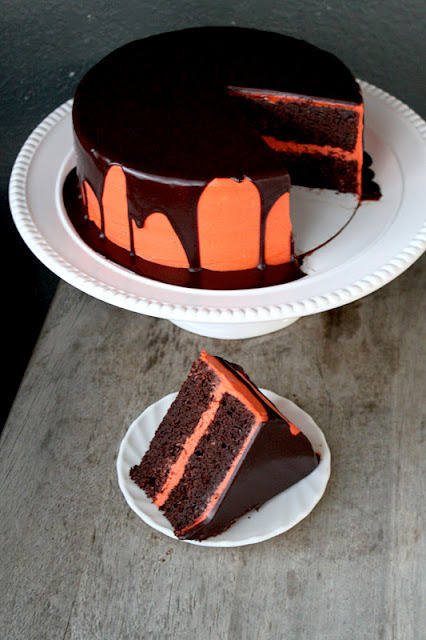 thecakebar:  Artsy Chocolate Pumpkin Cake! (recipe)