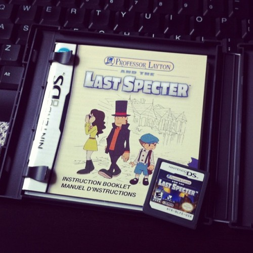 -petaldance:  Got the new professor layton game, yosh :) (Taken with instagram)