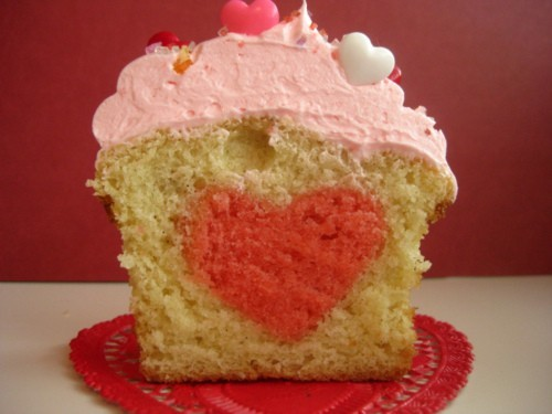 bakeitinacake:  Bake a heart into a cake! If you're too shy to tell someone you love them, you can just let the cake do the talking. Here's how you do it.
