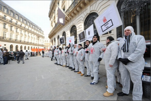 #OccupyApple in Paris