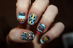 pop-beauty:  Aztec nail art source: