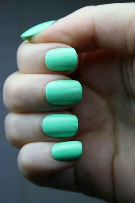 Think I'm going to get a minty manicure now.