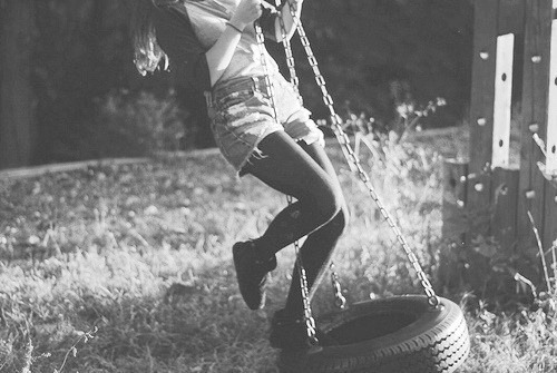 kenygrrrl:  I always wanted a tire swing but mom said it would ruin my cloths she said she knew this cuz she had one *sigh* wheres the justice :/  Tire swings never ruined my clothes…I wore my yucky clothes on them :P