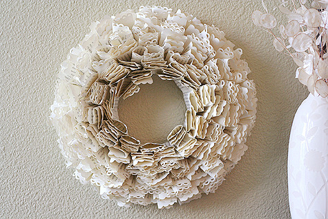 (via book page wreath - Lisa Storms)