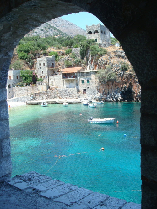 godlygal:  earthmajesty: Nifi, Greece. Yes, please.