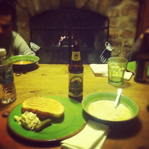Cabin Dining: panini, clam chowder, potatoes, black butte porter beer, & a pickle! #food #foodie #foodporn #cabin #snowboarding #trip #yum (Taken with instagram)