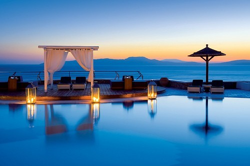 wanderlusteurope:  Sunset pool in Santorini. Oh my word.